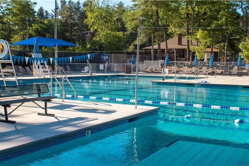 gunite pool builder in northern massachusetts